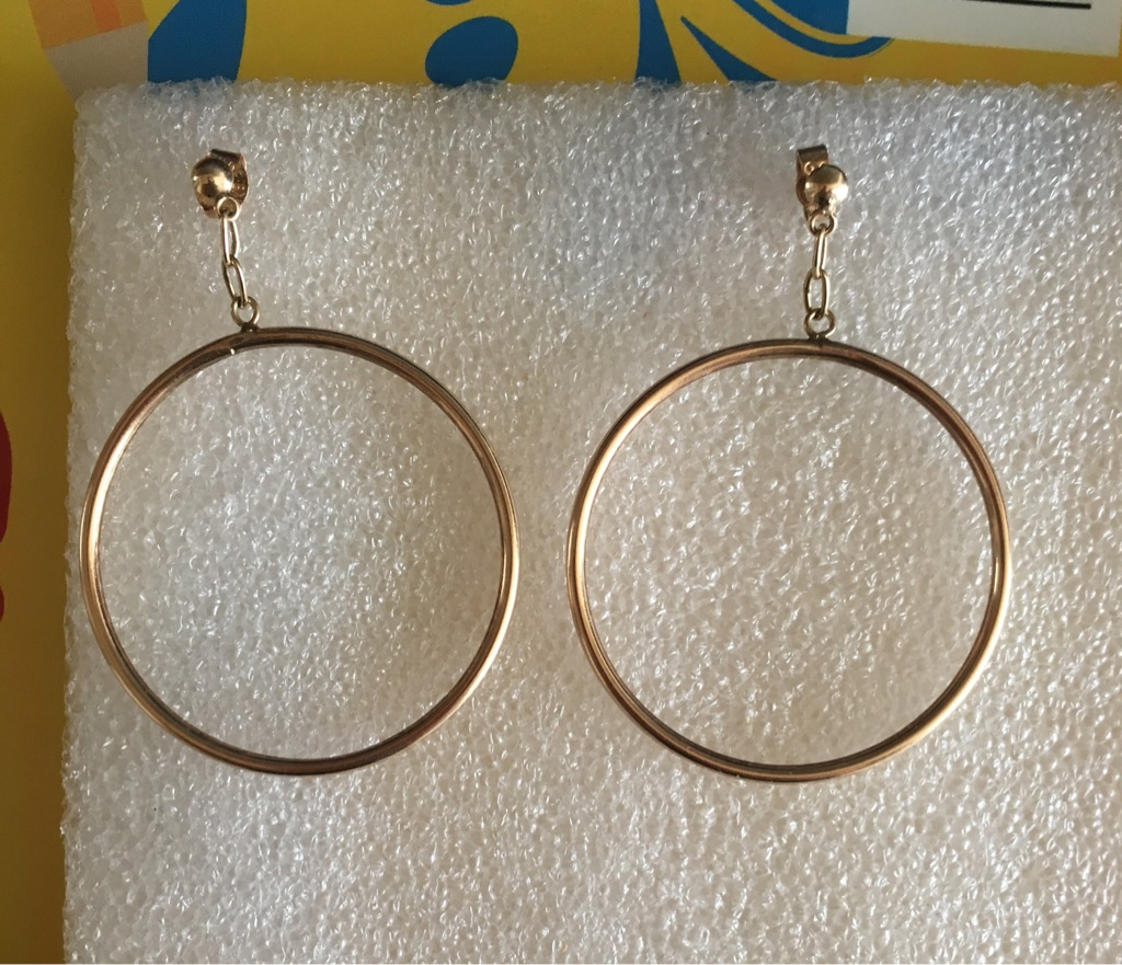 9 ct Gold Hoop Earrings