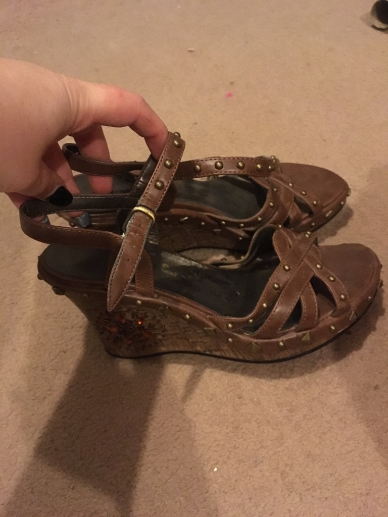 Brown summer wedge sandal