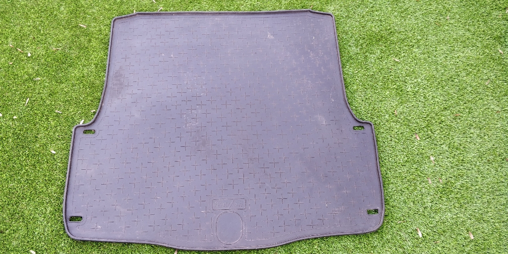 Boot liner rubber mat Travall liner for Skoda Octavia Scout (2007-2012)