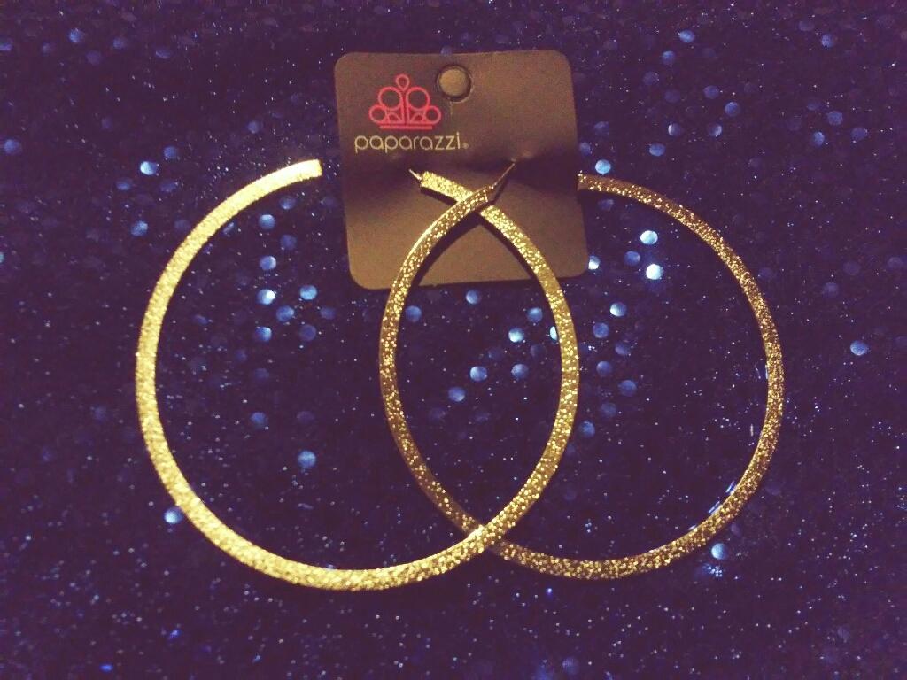 Diva Style Hoop Earings