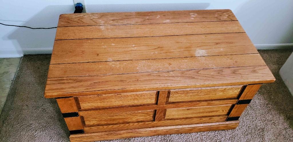 Storage ottoman wooden