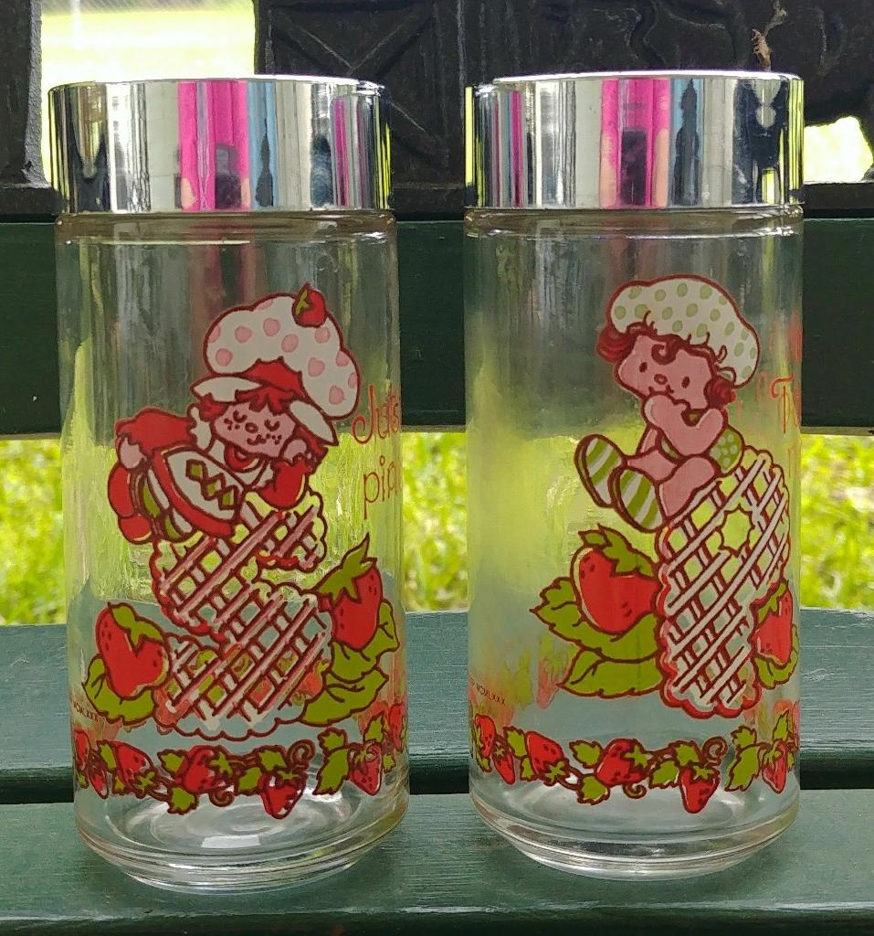 Pair of Strawberry Shortcake S&P Shakers