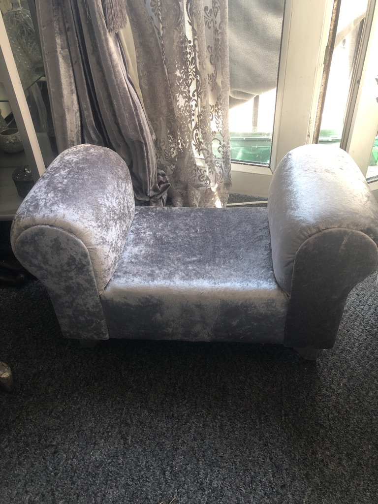 Dog/cat chaise lounge