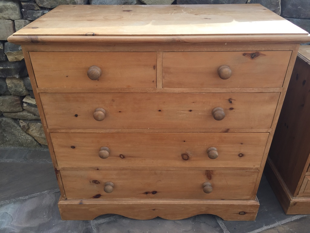 Solid pine king size bed & large chest of drawers