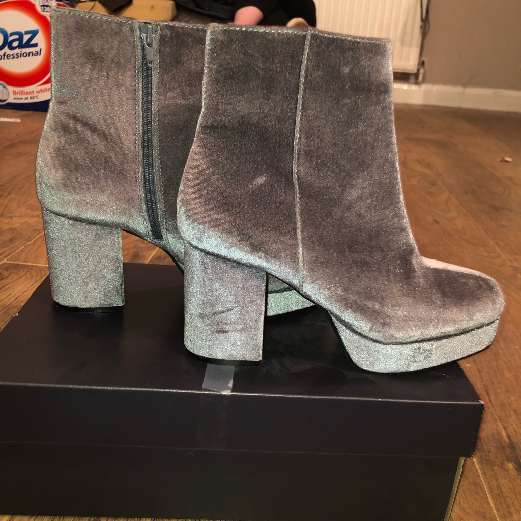 Grey velvet boots size 5