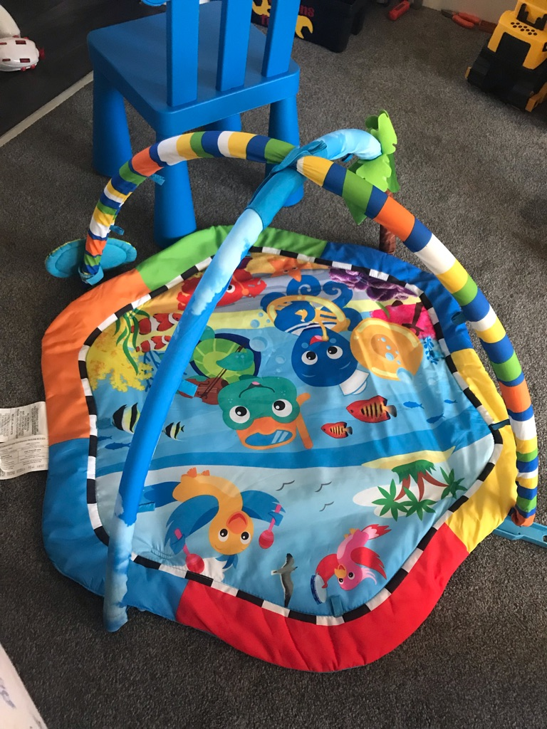 Under the sea play mat
