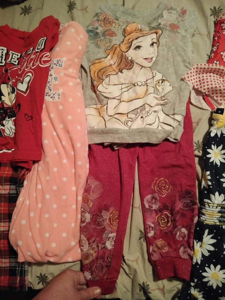 Toddler girl's clothes