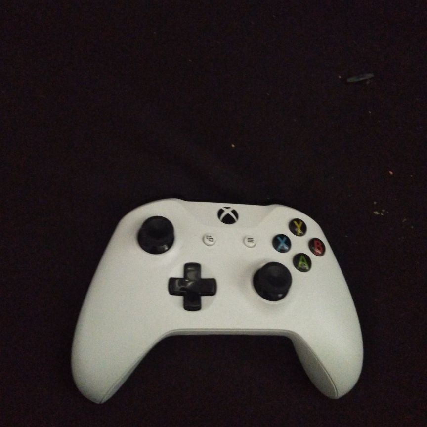 Xbox one s 1tb with controller and cords also gears 5