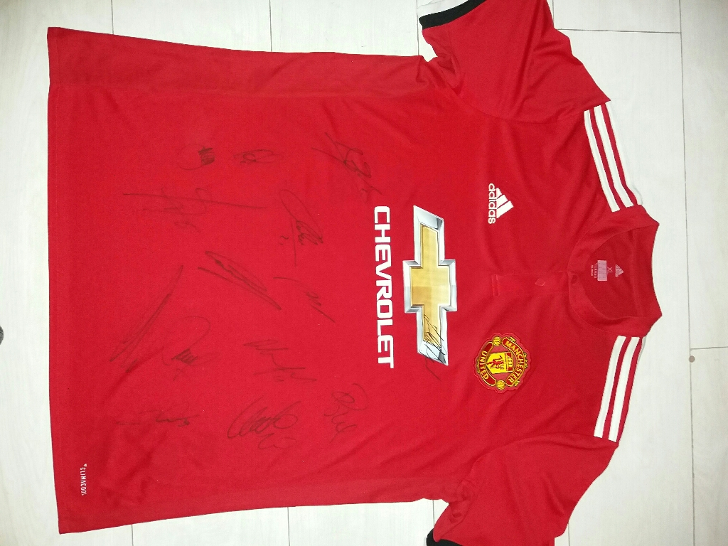 2017-2018 sighned man utd top