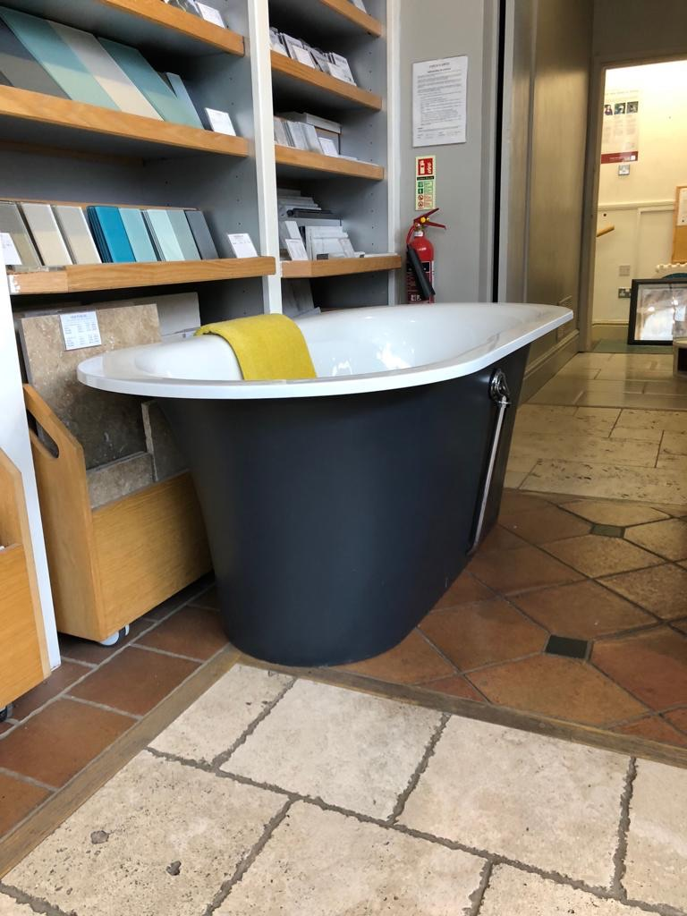 Fired Earth freestanding bath
