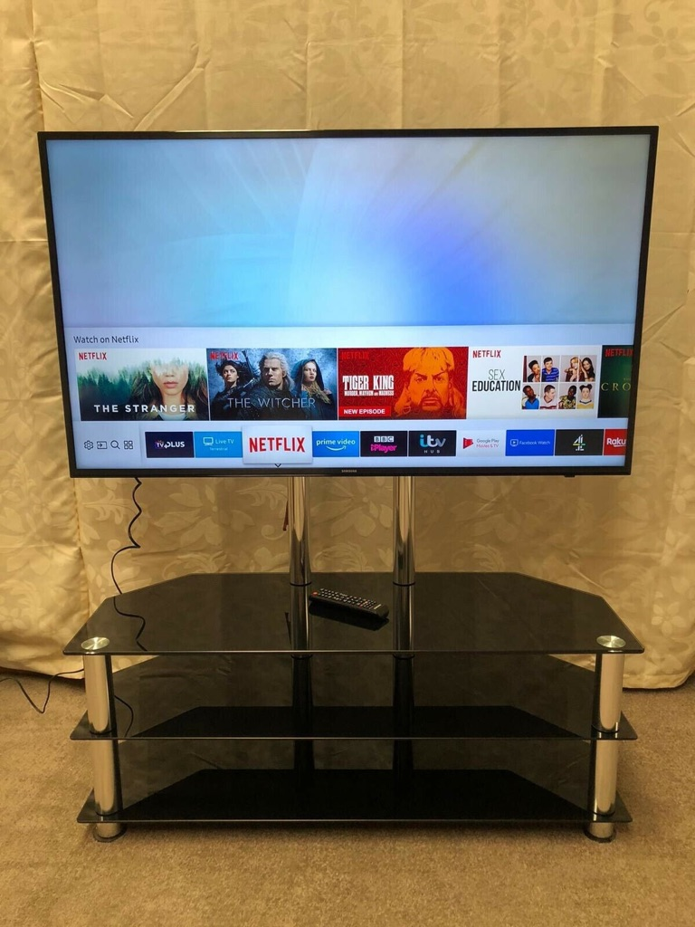 """Samsung UE55TU7100 55"""" Smart 4K Ultra HD TV With HDR10+ and Crystal Processor 4K"""