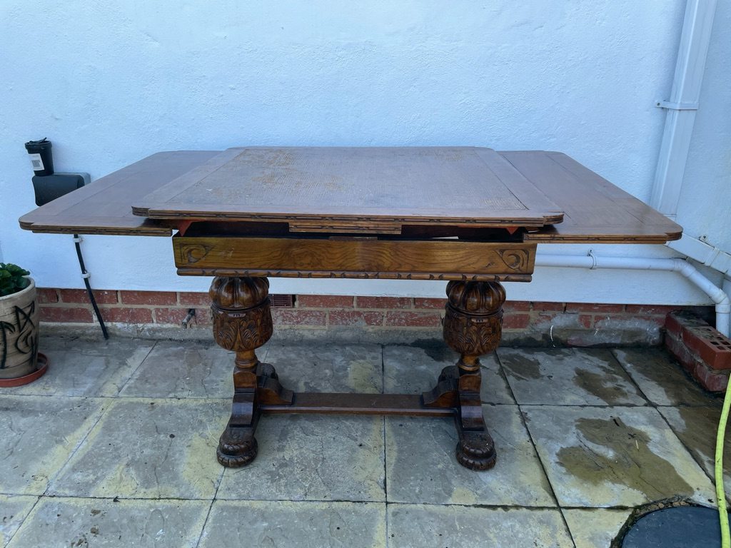 Vintage 1930s table and chairs