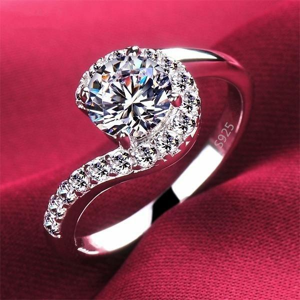 Brand New Ladies ring