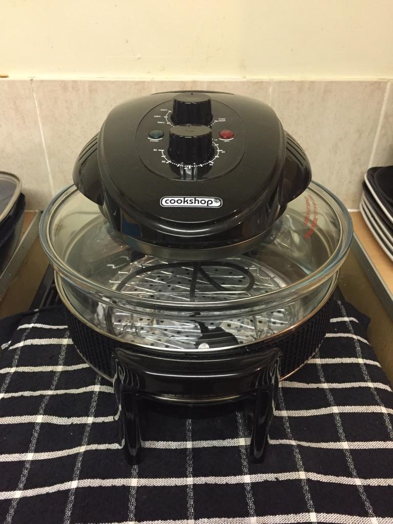 Halogen oven 17 litre in black (brand new unboxed)