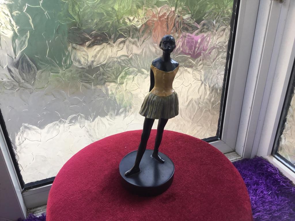 Brozne dagas ballerina statue 20cm tall