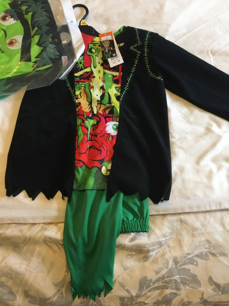 New Frankenstein Halloween outfit. Age 7-8 yrs