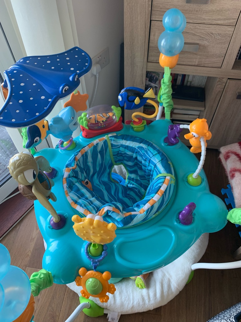 Baby Disney jumping good condition