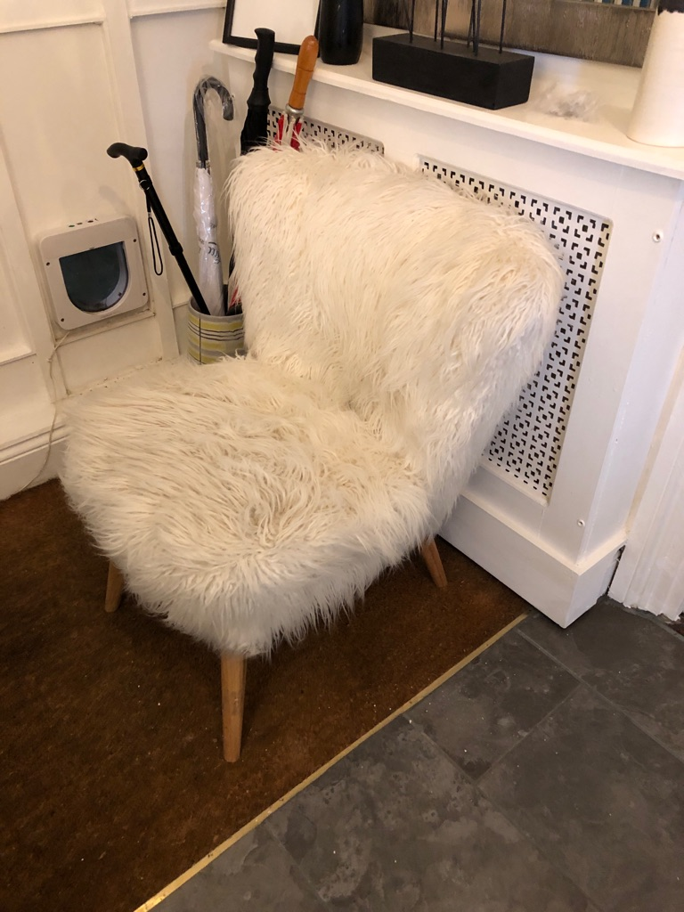 Off white fluffy chair