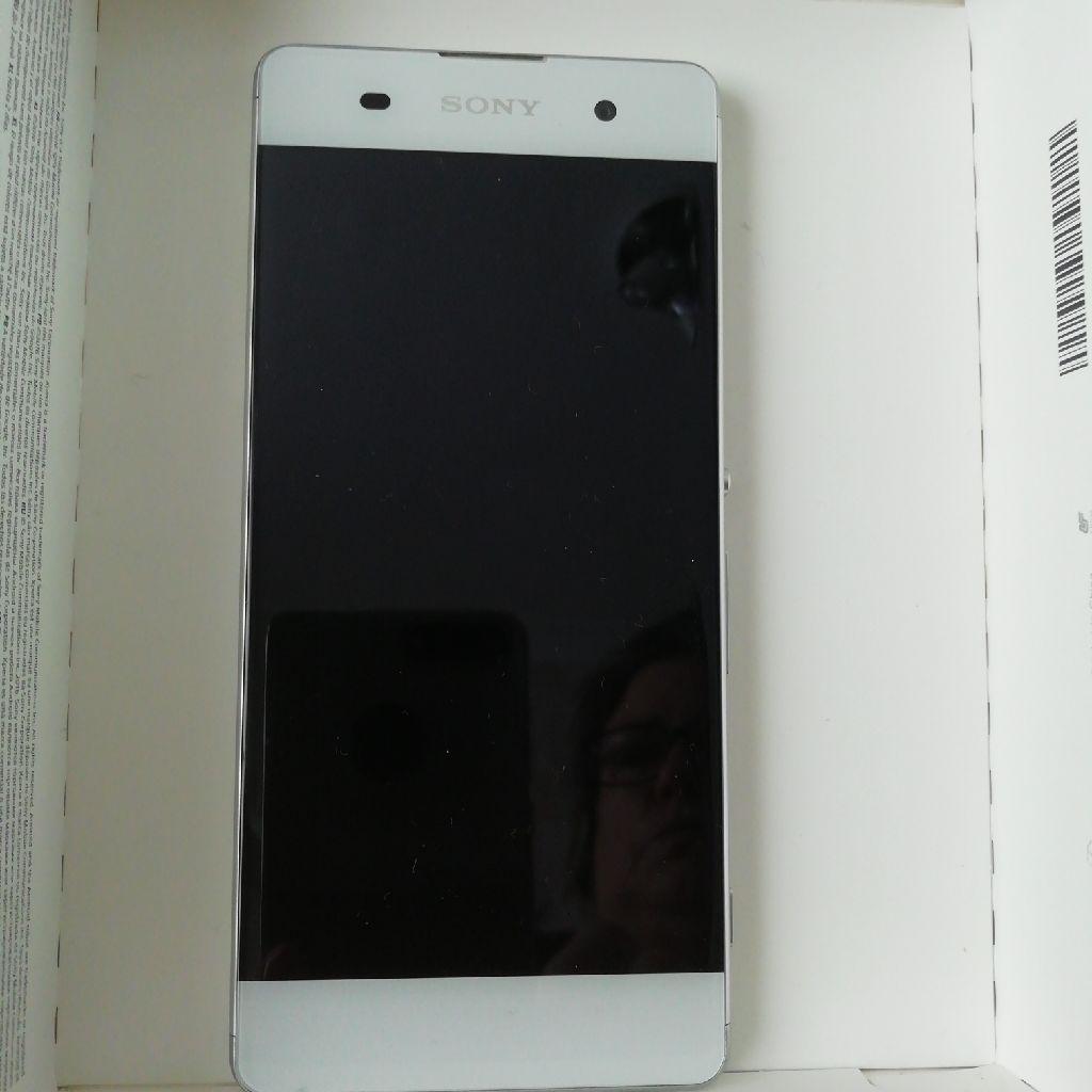 Sony Xperia XA (boxed)