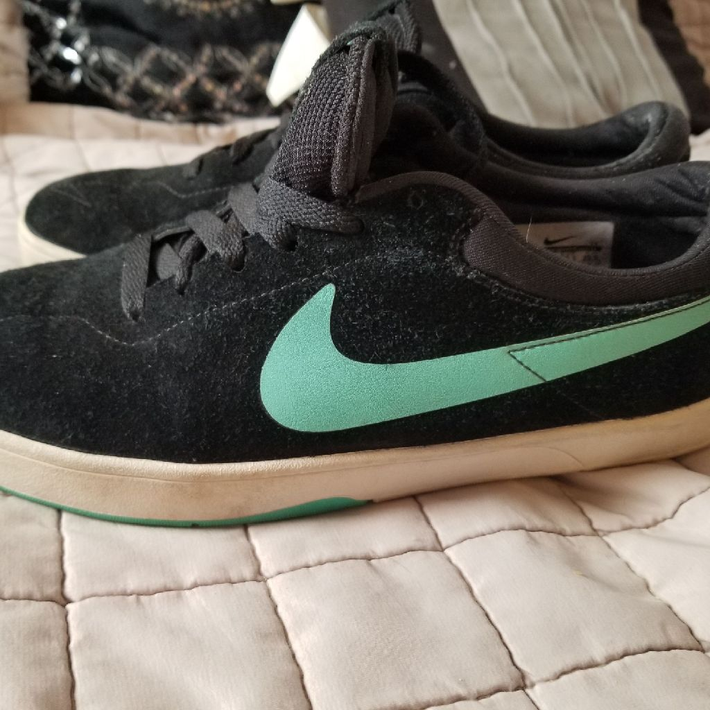 Eric Koston Nike SB Limited edition sneakers size 7.5