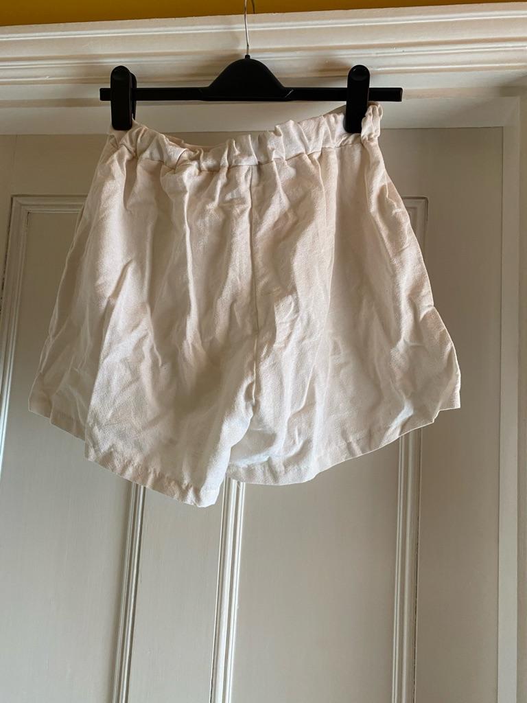 Missy Empire white shorts