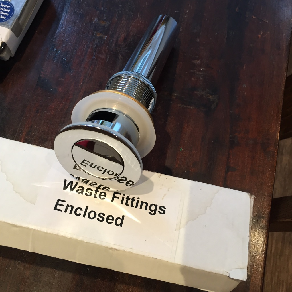 Waste fitting new