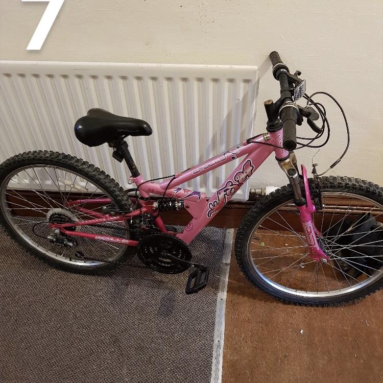 Children's bike with suspension