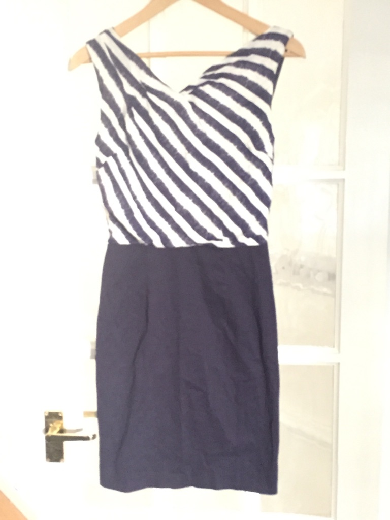 Warehouse blue and white dress size 8