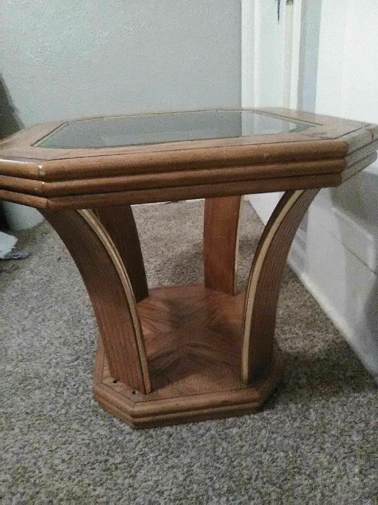Retro end table