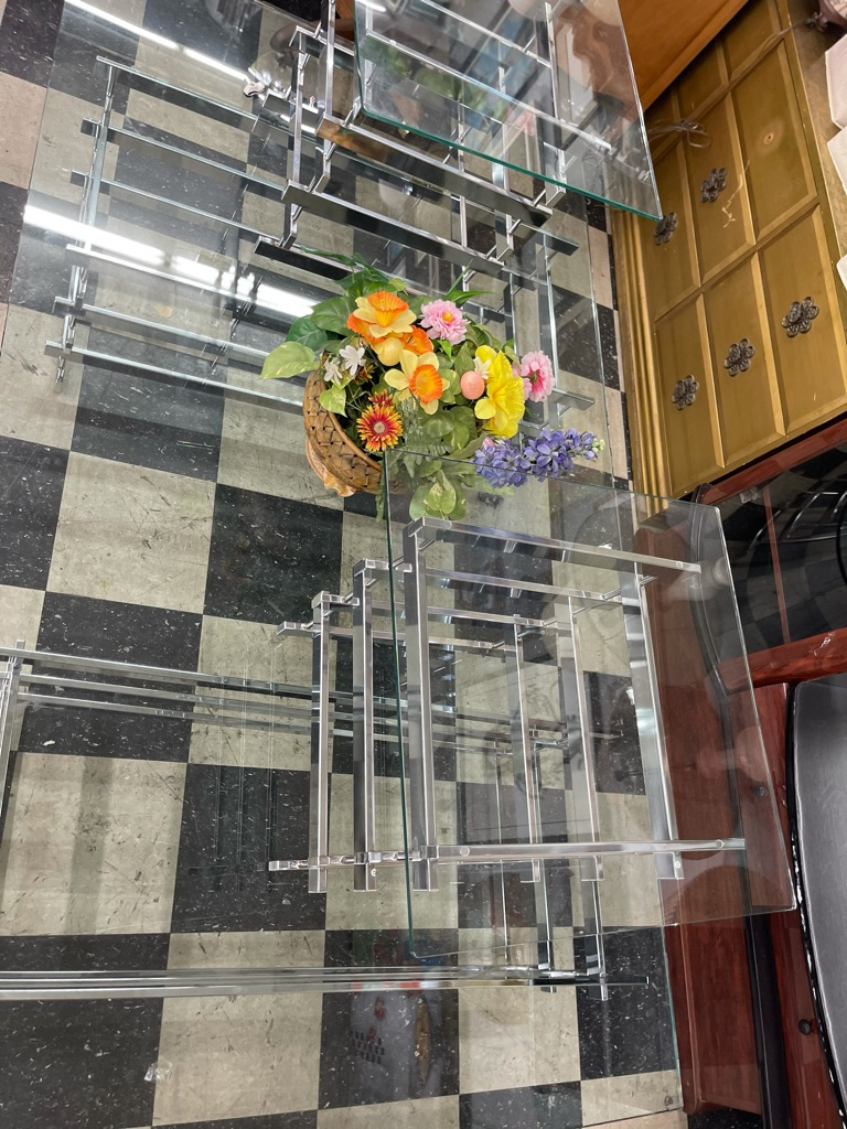 Coffee table glass with 2 night stand
