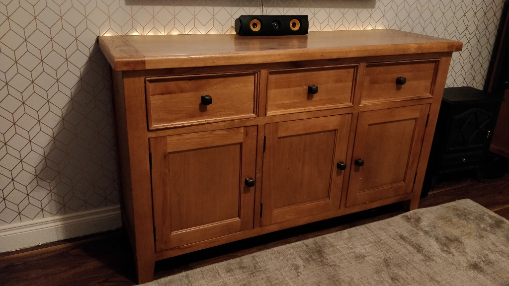 Sideboard/tv unit and book shelves
