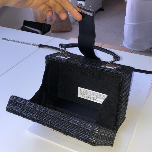 Black basket weave mini bag - Zara