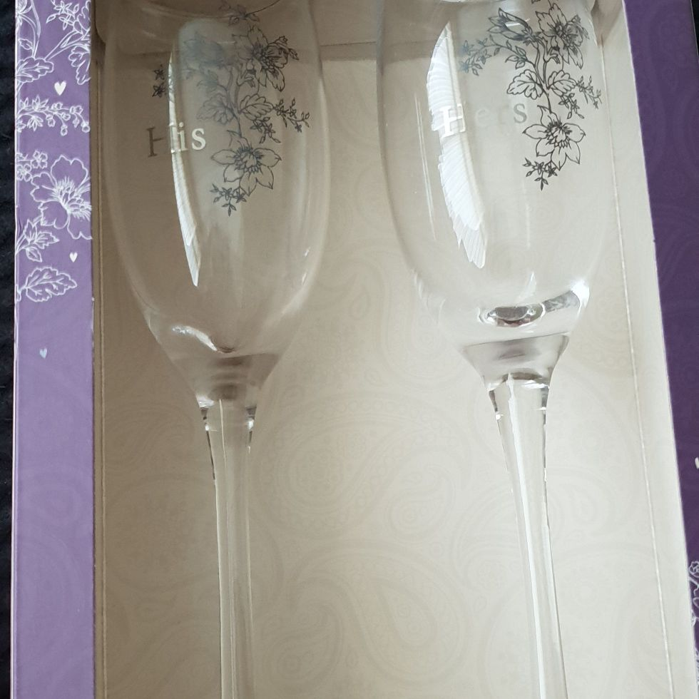 Wedding anniversary glasses brand new