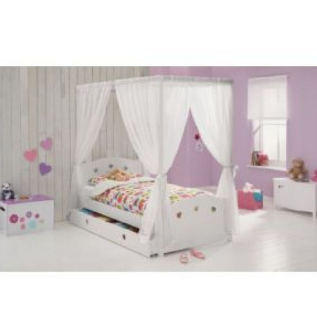 Argos childrens 4 poster bed