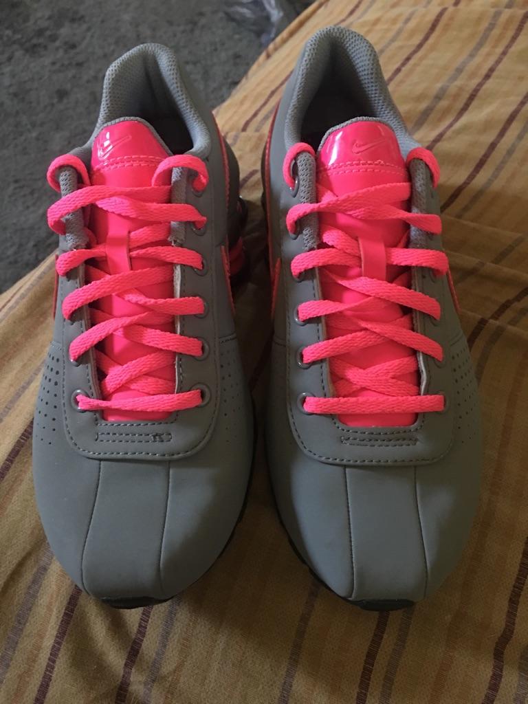Nike shox youth