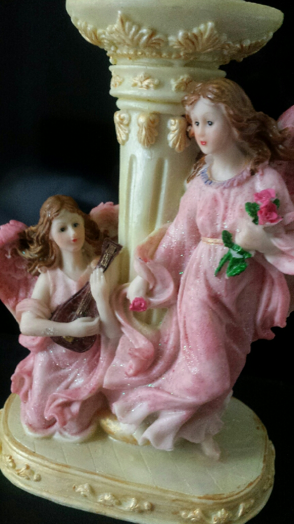 New 2 angels candle holder
