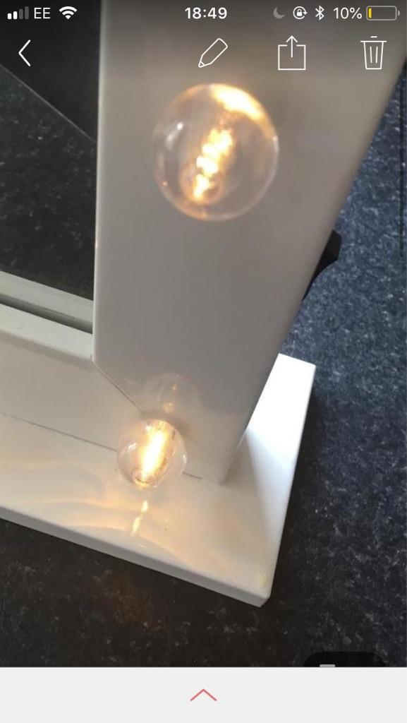 White light up mirror