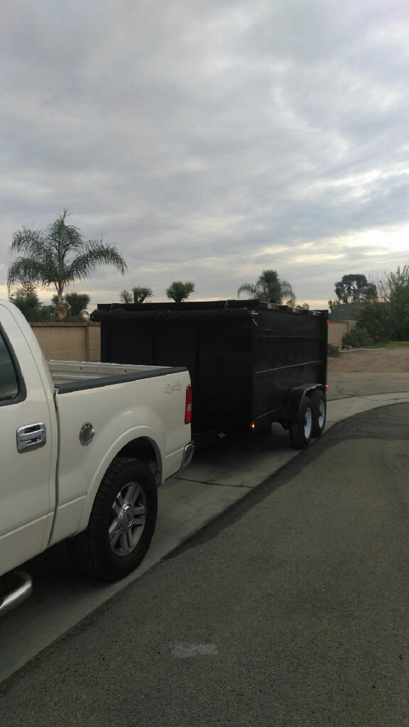 Dump trailer for rent