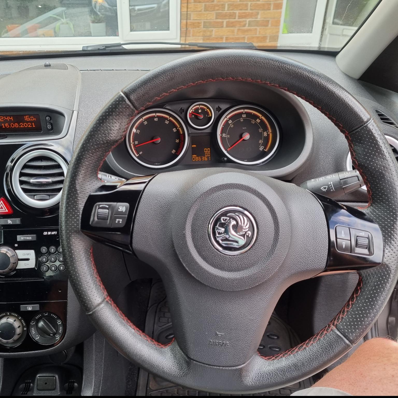 2011 VAUXHALL CORSA SXI AC 1398cc PETROL MANUAL 5 Speed 5 DOOR HATCHBACK