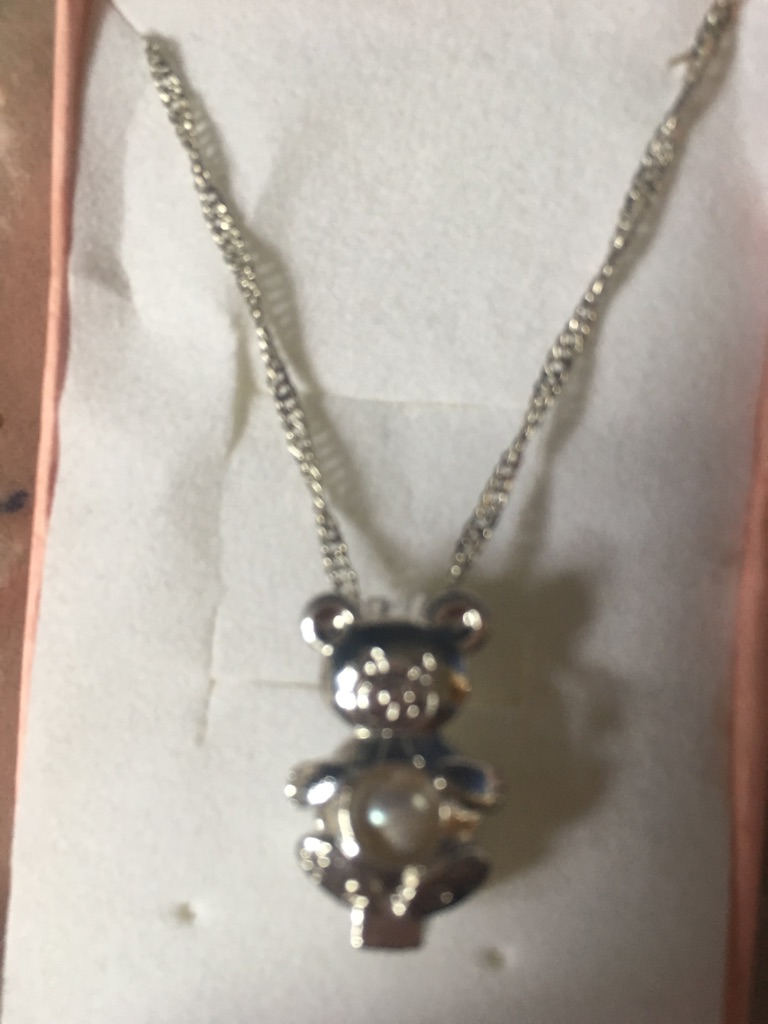 Little girls beautiful teddy bear necklace