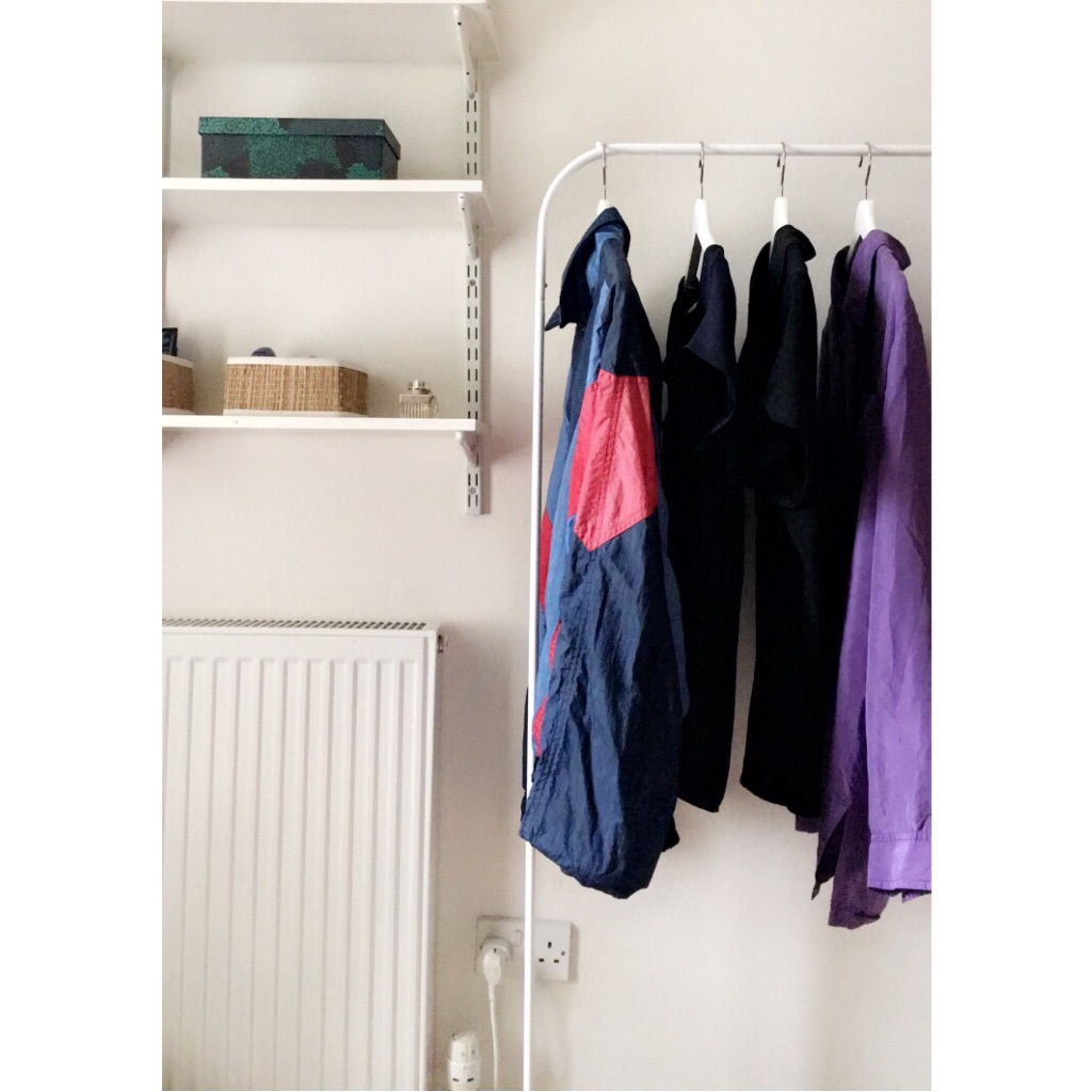 Clothes rack and hangers