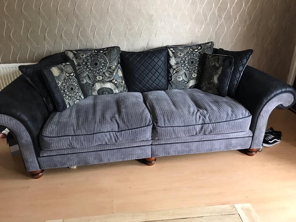 4&3 seater DFS sofas