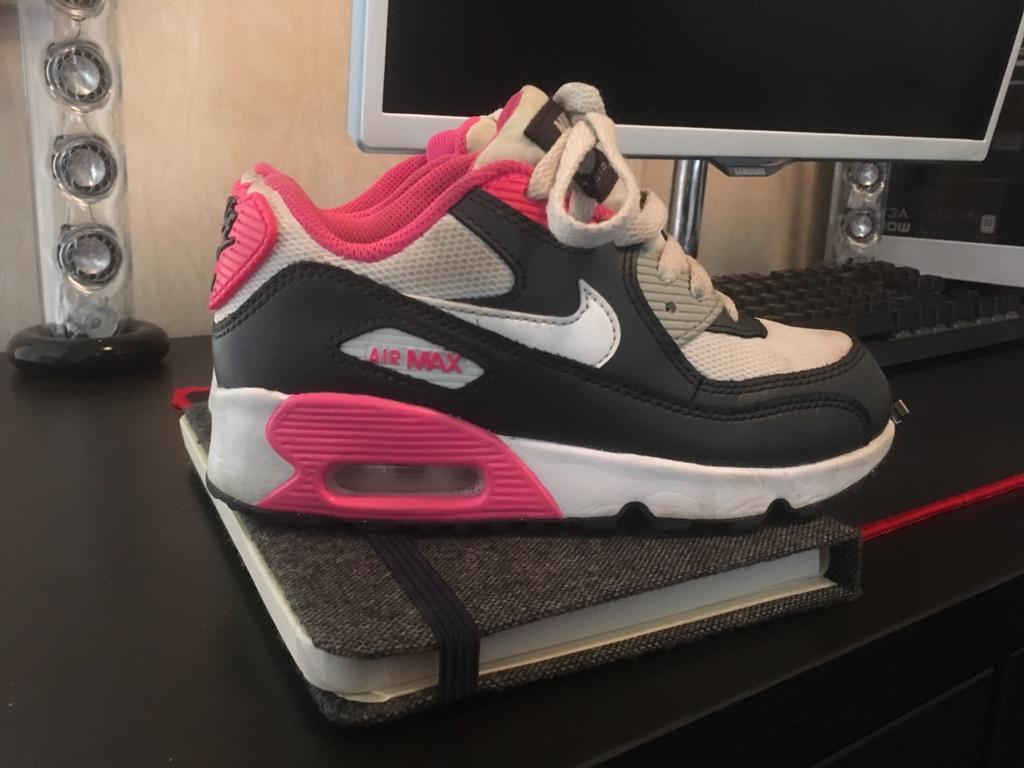 Girls Genuine Nike Air max size 12