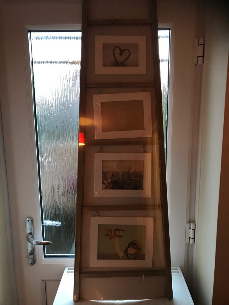 Picture ladder frame