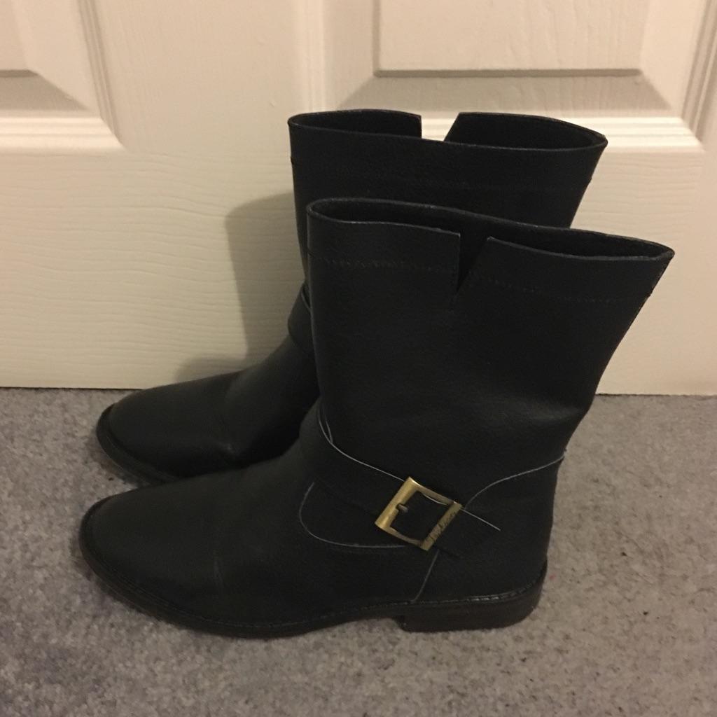 Ladies Black Biker Boots, Size 4