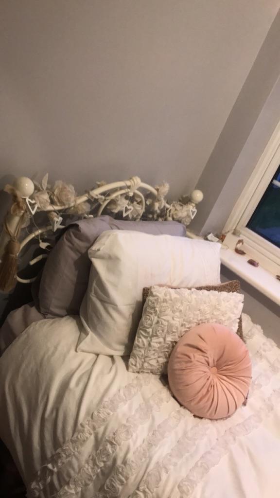 Shabby Chic Single Bed & Matress