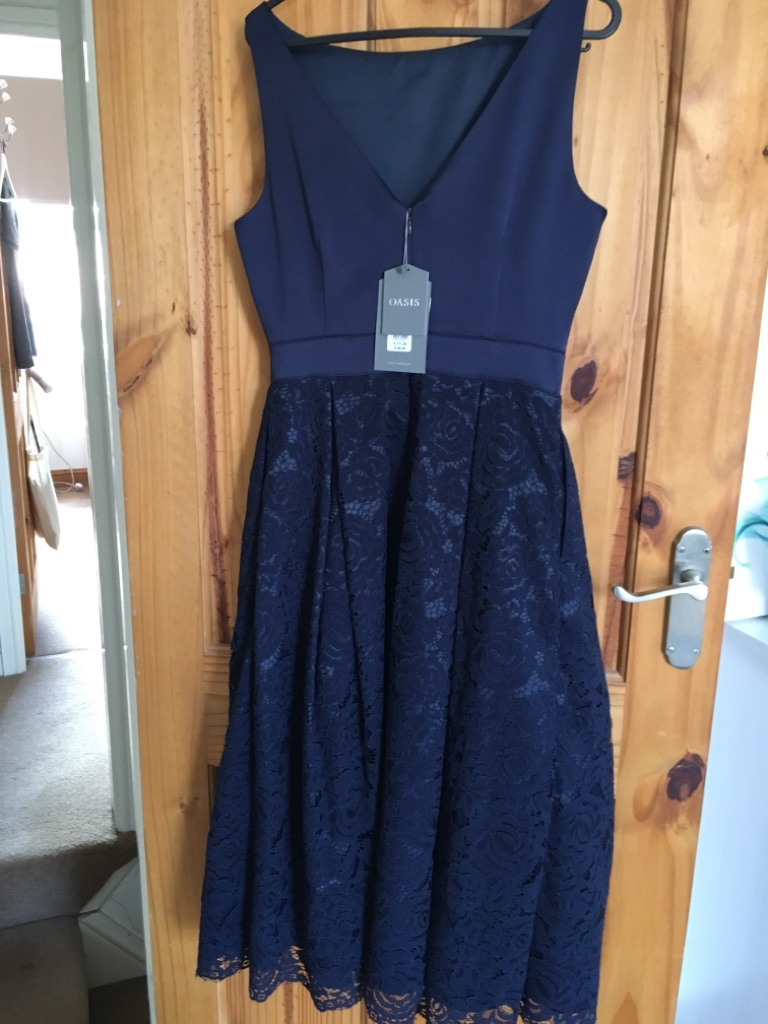 Oasis Dress Size 8 Brand New with Tags