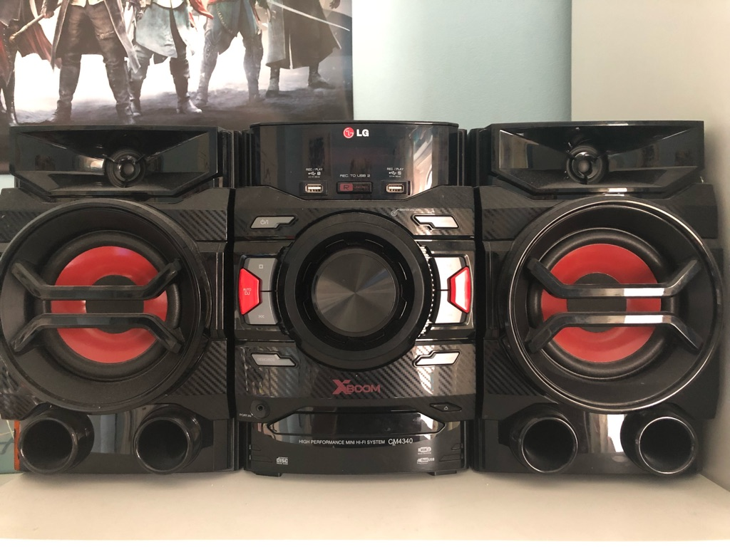LG Xboom Speaker Set