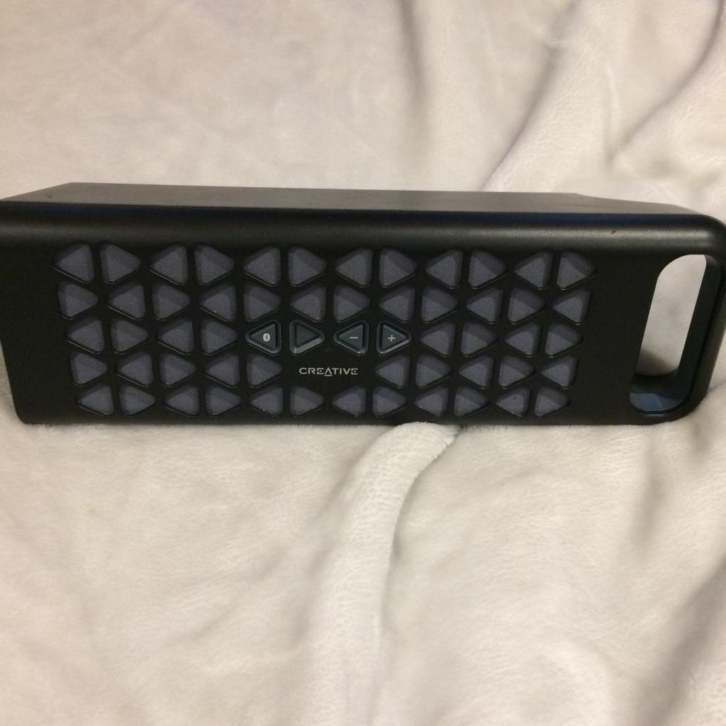 Creative muvo 10 Bluetooth speaker