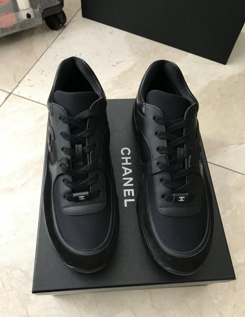 Chanel runners